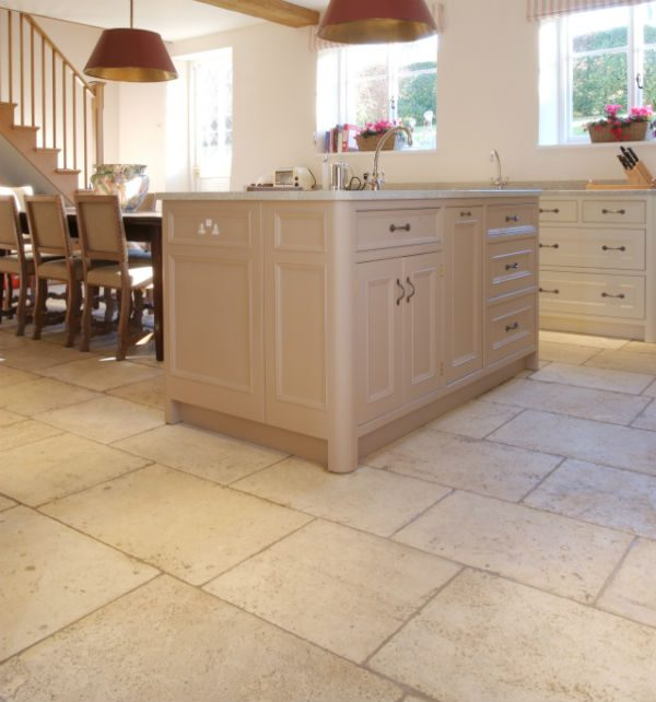 new-blond-barr-limestone-600