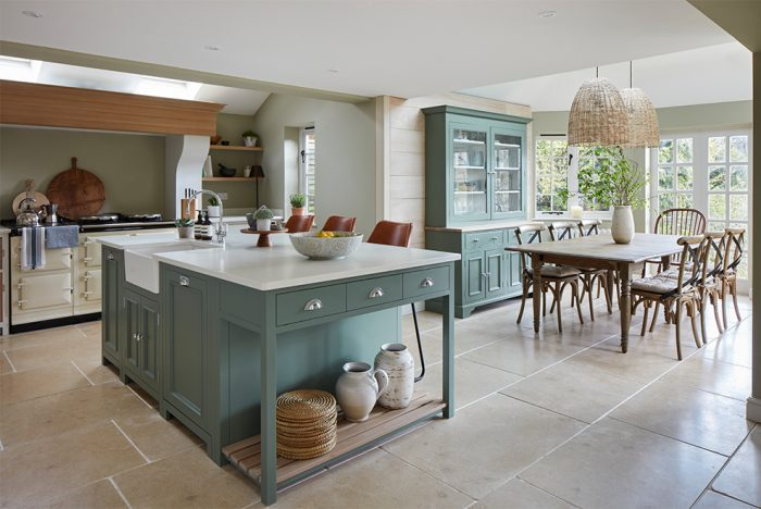 open planned kitchen diner design with island