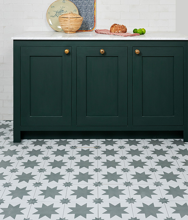 Pottery-Natural-Cotton-Wall-Memphis-Lead-Floor-Lifestyle